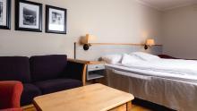 Bardøla Hotel / Großes Doppelzimmer mit Balkon